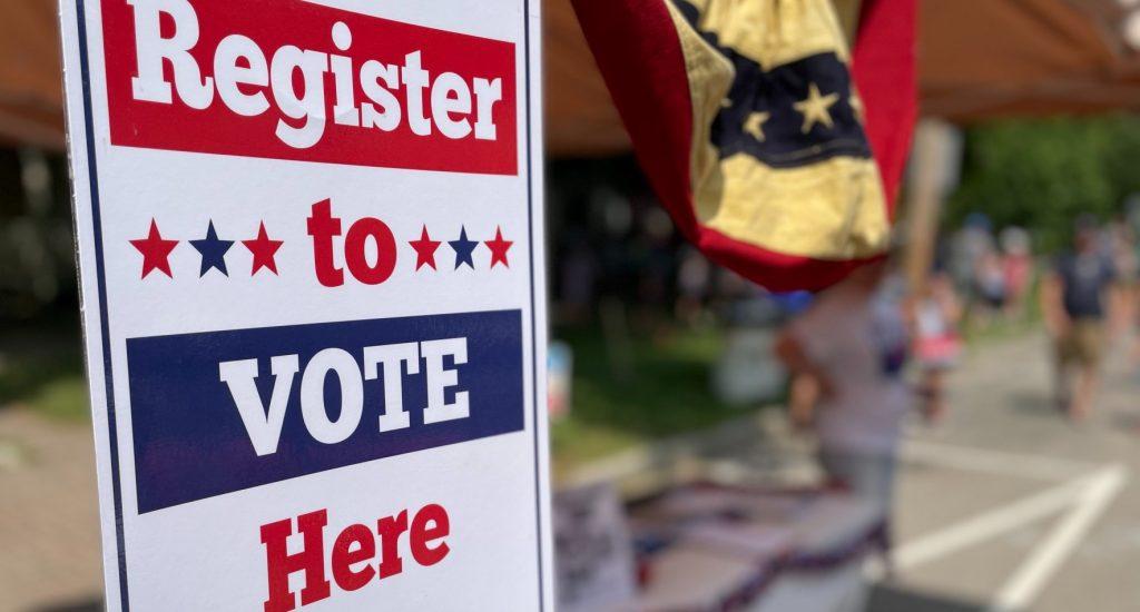Register-to-vote-sign-lwv-oh-granville